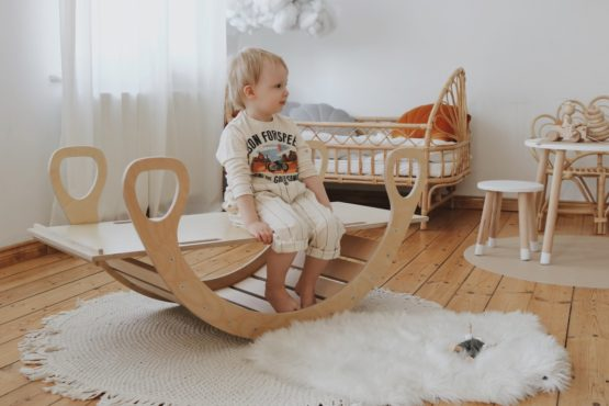 Wooden rocker natural 4