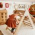 Wooden triangle with handles + slide